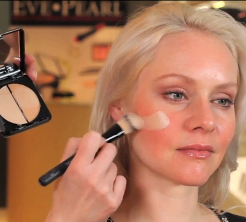 How to get the right makeup brush lipstiq now that youve convinced yourself on using makeup brushes thanks to the many youtube makeup gurus online do you splurge on designer brushes or settle on solutioingenieria Images