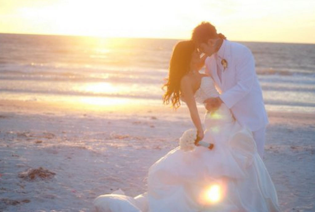 how to plan the perfect wedding With all of the wedding traditions that people tell you that you should have at your wedding, be sure to plan in some personal traditions too if your family has any wedding traditions that they.