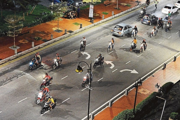 way to overcome mat rempit Awareness campaign also is one of the ways to overcome this problem this awareness campaign can be done through programmes which involves entertainment such as karnival jom heboh its because, mat rempit usually visit entertainment programmes such as jom heboh.