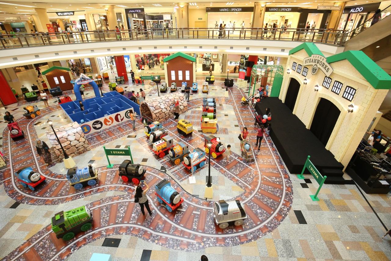 Overview of Thomas Town, Puteri Harbour Mini and Mighty Malaysia Tour 2016 concourse event at One Utama (happening from now until 10 April) JPG