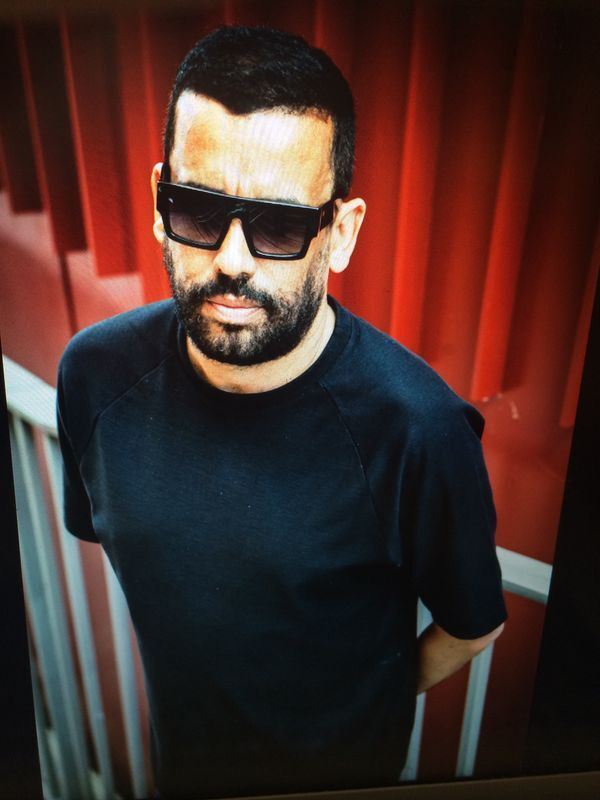dj clive henry will take on the decks in le noir kl this