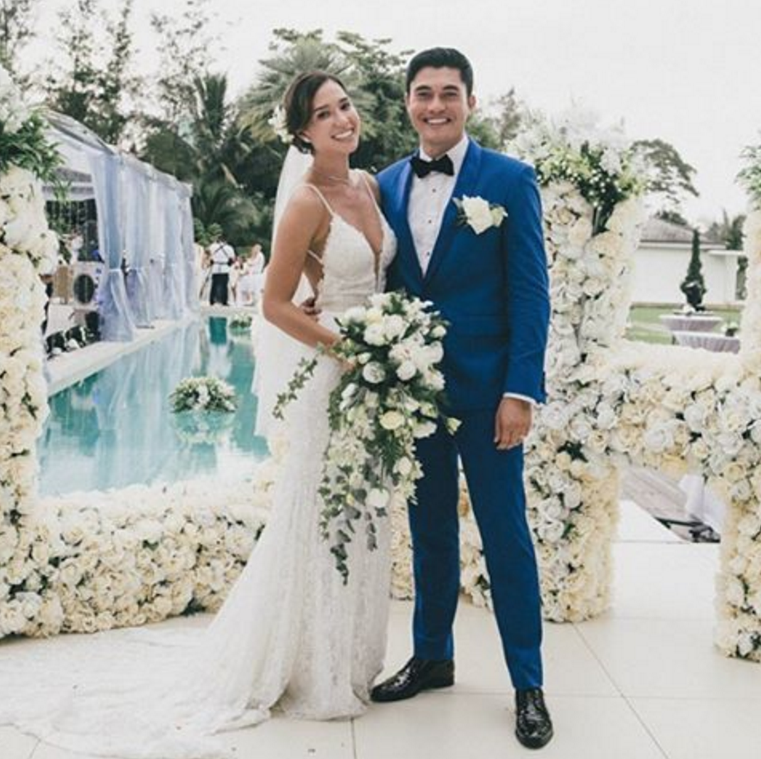 Henry Golding Amp Liv Lo Tie The Knot In Elegant Ceremony In