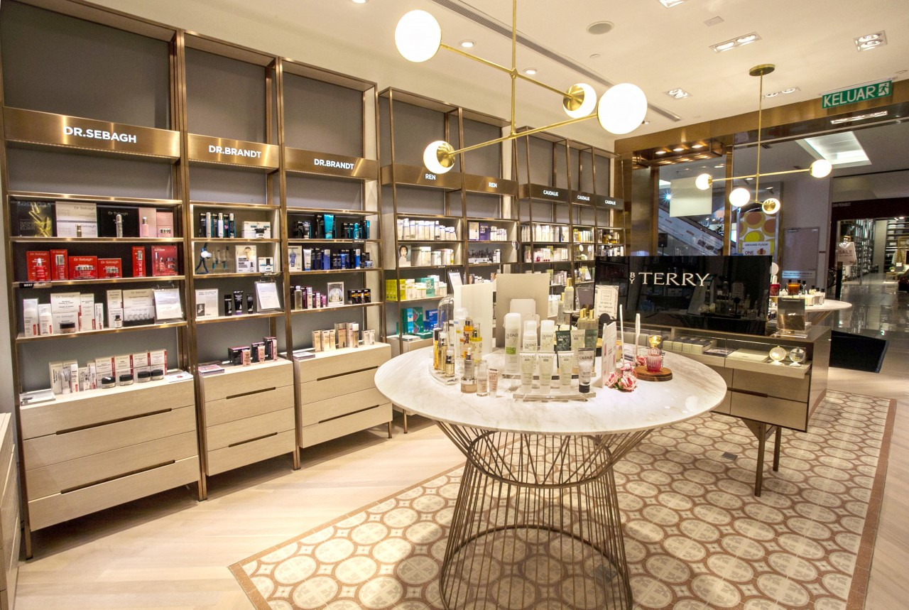 Kens Apothecary Expands From A Counter To A Store At 1