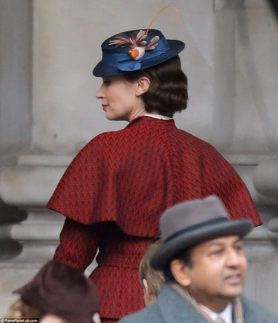Watch Photos of Emily Blunt as Mary Poppins for Disney sequel video