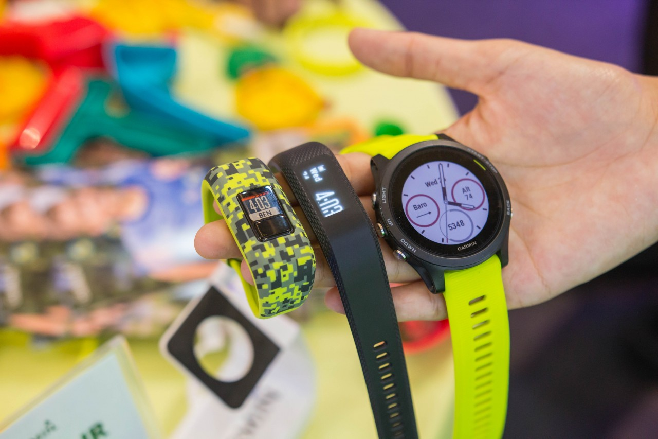 Garmin Unveils Three New Wearables For Users Of All Ages Forerunner 935 Black