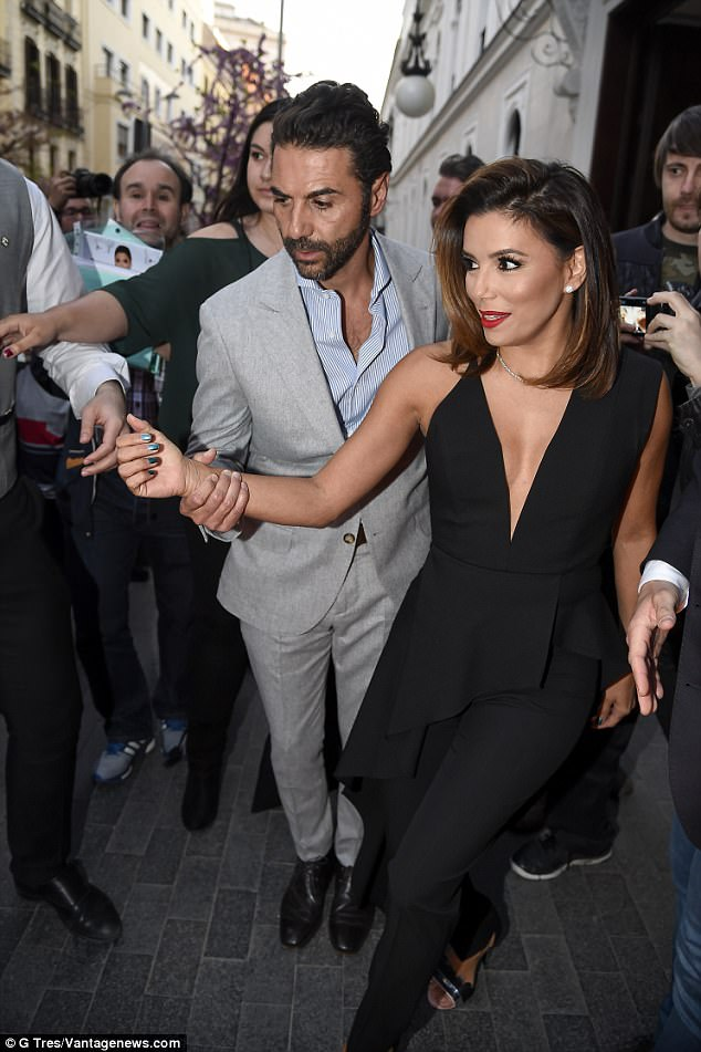 42-Year-Old Eva Longoria Is Pregnant With Her First Child ...